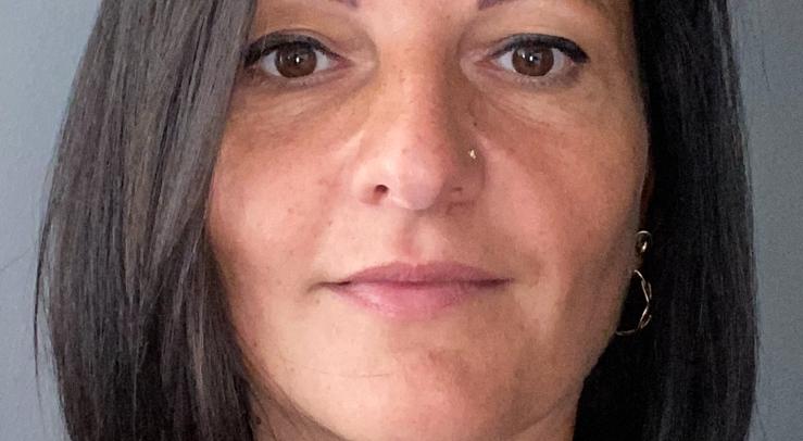 Portrait de Chrystelle – collaboratrice Parténa Assurances